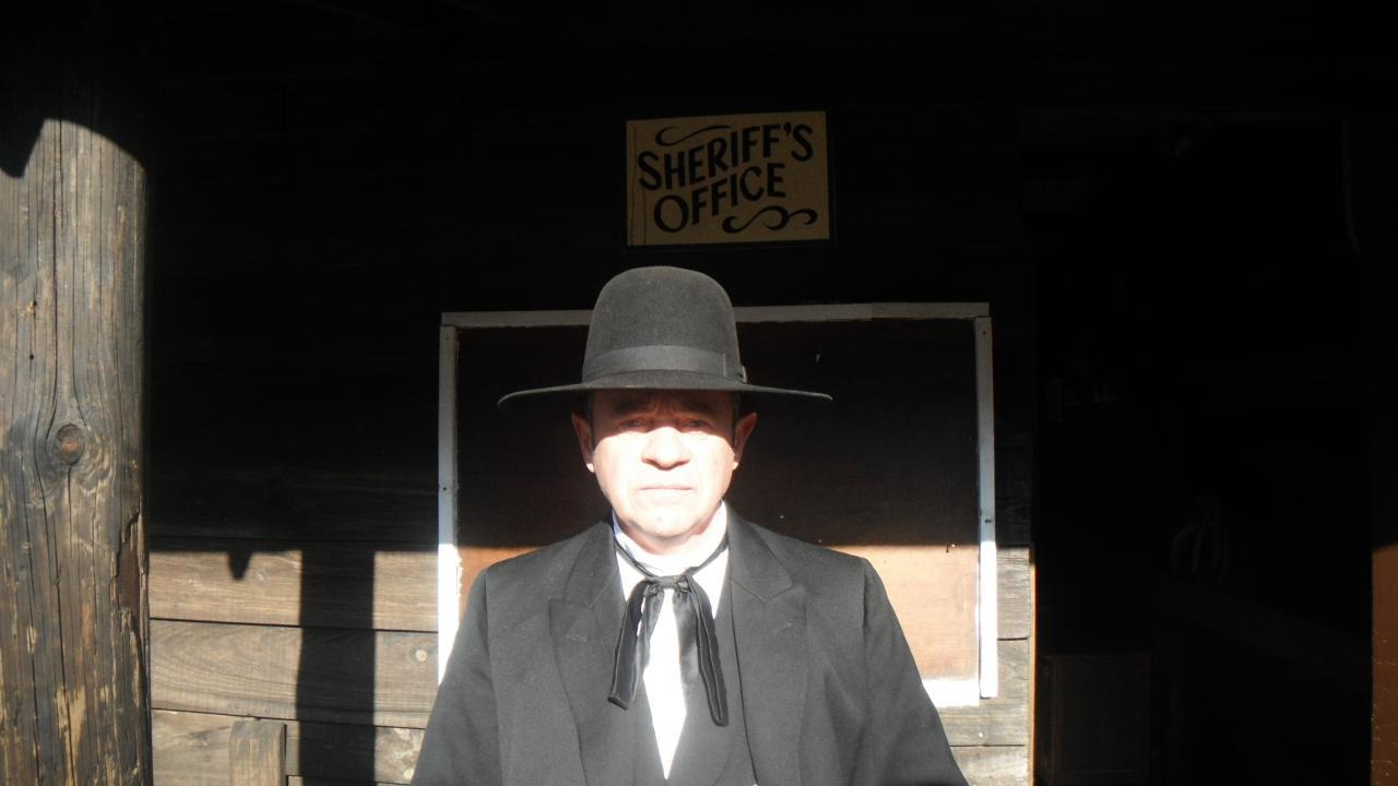 Jim la teigne  (official sheriff)
