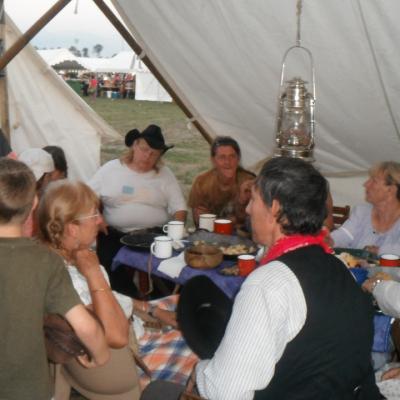 Camps et festivals des amis