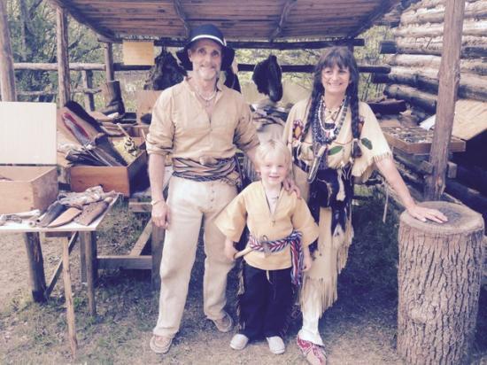 Pasquinel, Petit loup et Corbeille d'argile